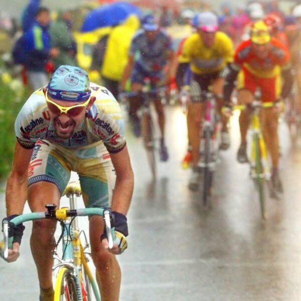 Nastupující Marco Pantani