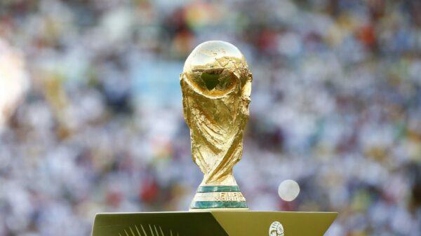 Trofej pro vítěze světového šampionátu. Zdroj: fifa.com
