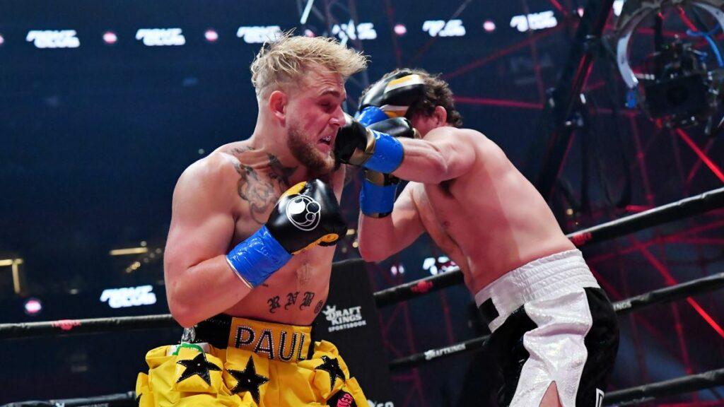 Jake Paul knockoutoval Bena Askrena