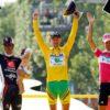 Floyd Landis slaví triumf na Tour de France 2006. Zdroj:vault.si.com