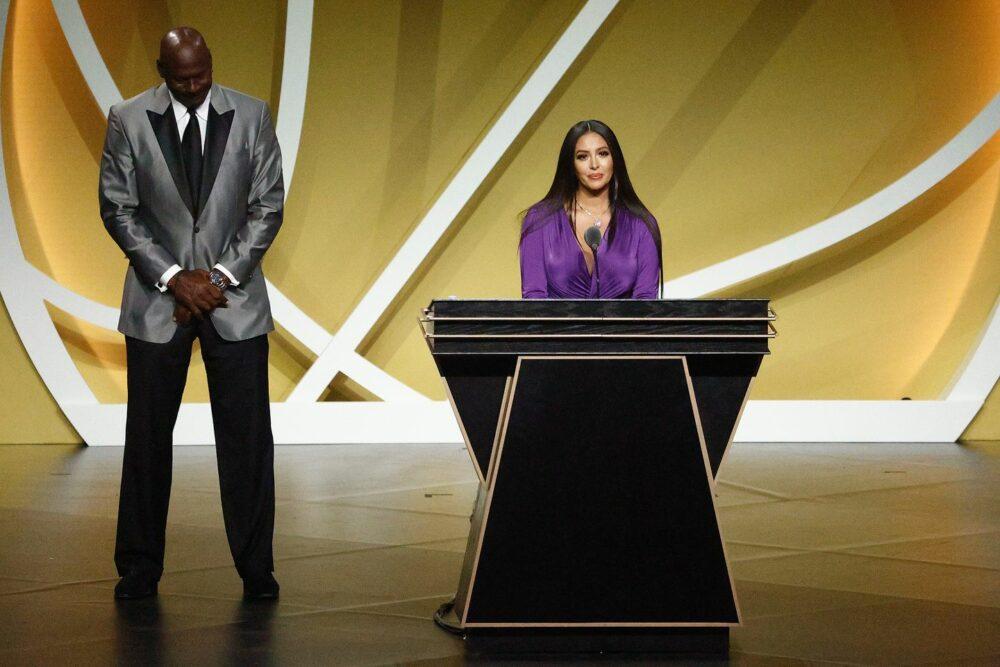 Legendární Kobe Bryant byl uveden do Síně slávy. Zdroj:bostonglobe.com